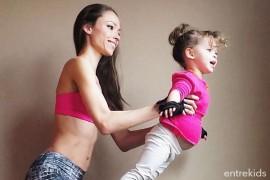 Acroyoga para padres e hijos online - Color Splash